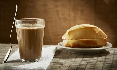 Quais são as características do café média