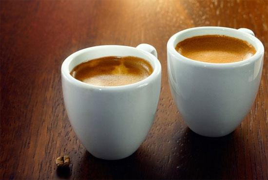 Como é composto o café longo